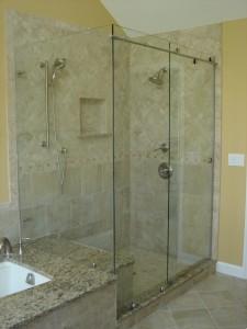 Cardinal frameless sliding shower
