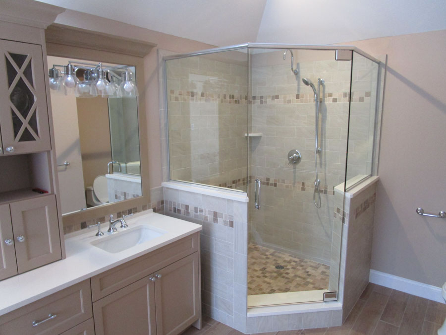 Custom Corner Shower Installation – Brewster Glass